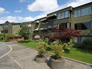"Photo 3: 111 2298 MCBAIN Avenue in Vancouver: Quilchena Condo for sale in ""ARBUTUS VILLAGE"" (Vancouver West)  : MLS®# V900517"