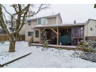 "Photo 20: 15760 90 Avenue in Surrey: Fleetwood Tynehead House for sale in ""FLEETWOOD"" : MLS®# R2136555"