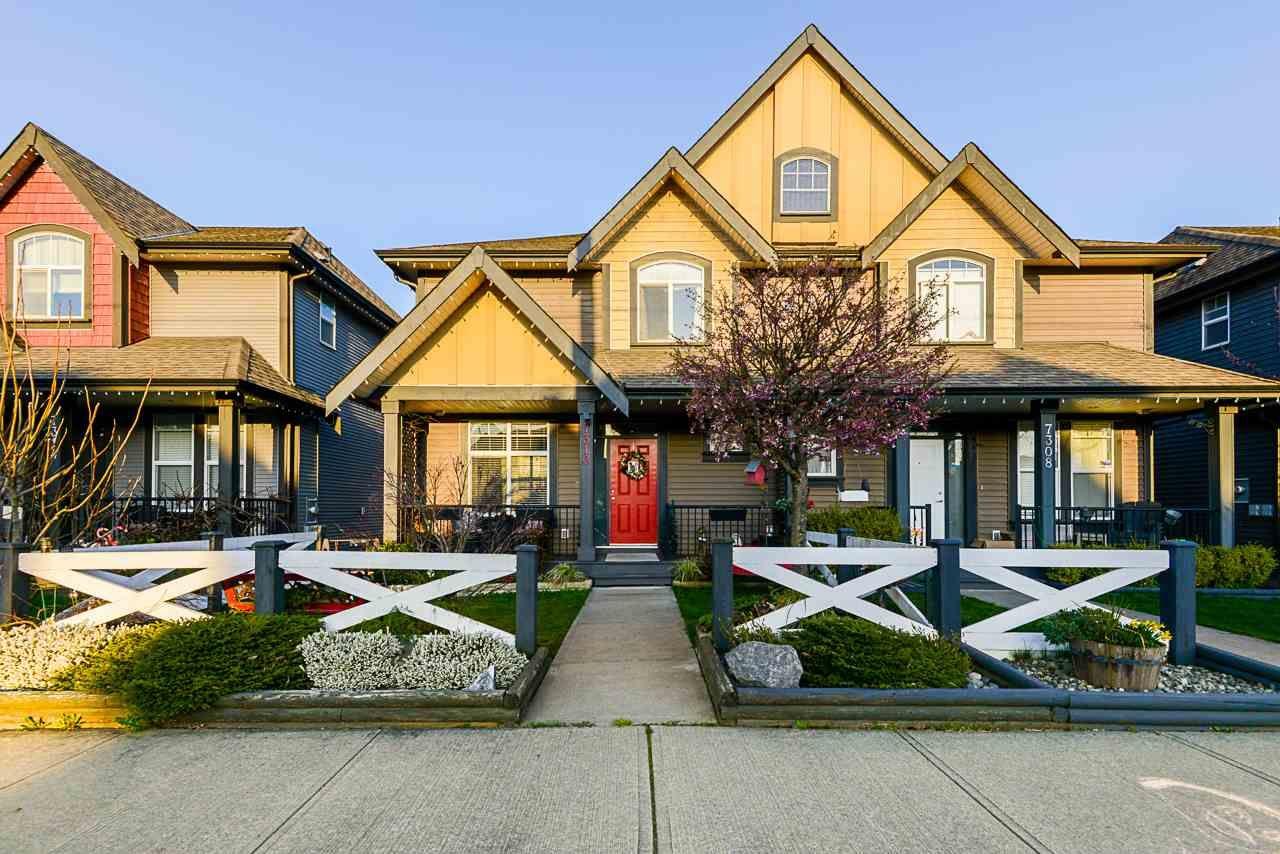 Main Photo: 7310 192 Street in Surrey: Clayton 1/2 Duplex for sale (Cloverdale)  : MLS®# R2559075