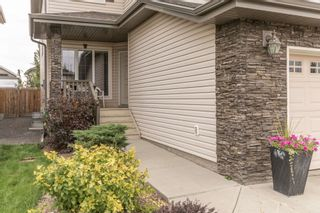 Photo 2: 2 NORWOOD Close: St. Albert House for sale : MLS®# E4241282