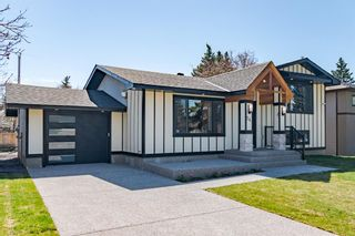 Main Photo: 24 Cheyenne Crescent NW in Calgary: Charleswood Detached for sale : MLS®# A1107971