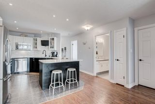 Photo 3: 304 4944 8 Avenue SW in Calgary: Westgate Apartment for sale : MLS®# A1140924