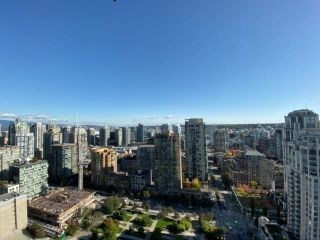 """Photo 2: 2606 1199 SEYMOUR Street in Vancouver: Downtown VW Condo for sale in """"BRAVA"""" (Vancouver West)  : MLS®# R2590531"""