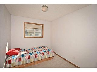 Photo 12: 134 EVERSTONE Place SW in CALGARY: Evergreen Townhouse for sale (Calgary)  : MLS®# C3636844