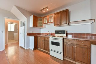 Photo 12: 1146 HOWSE Place in Coquitlam: Central Coquitlam House for sale : MLS®# R2193258