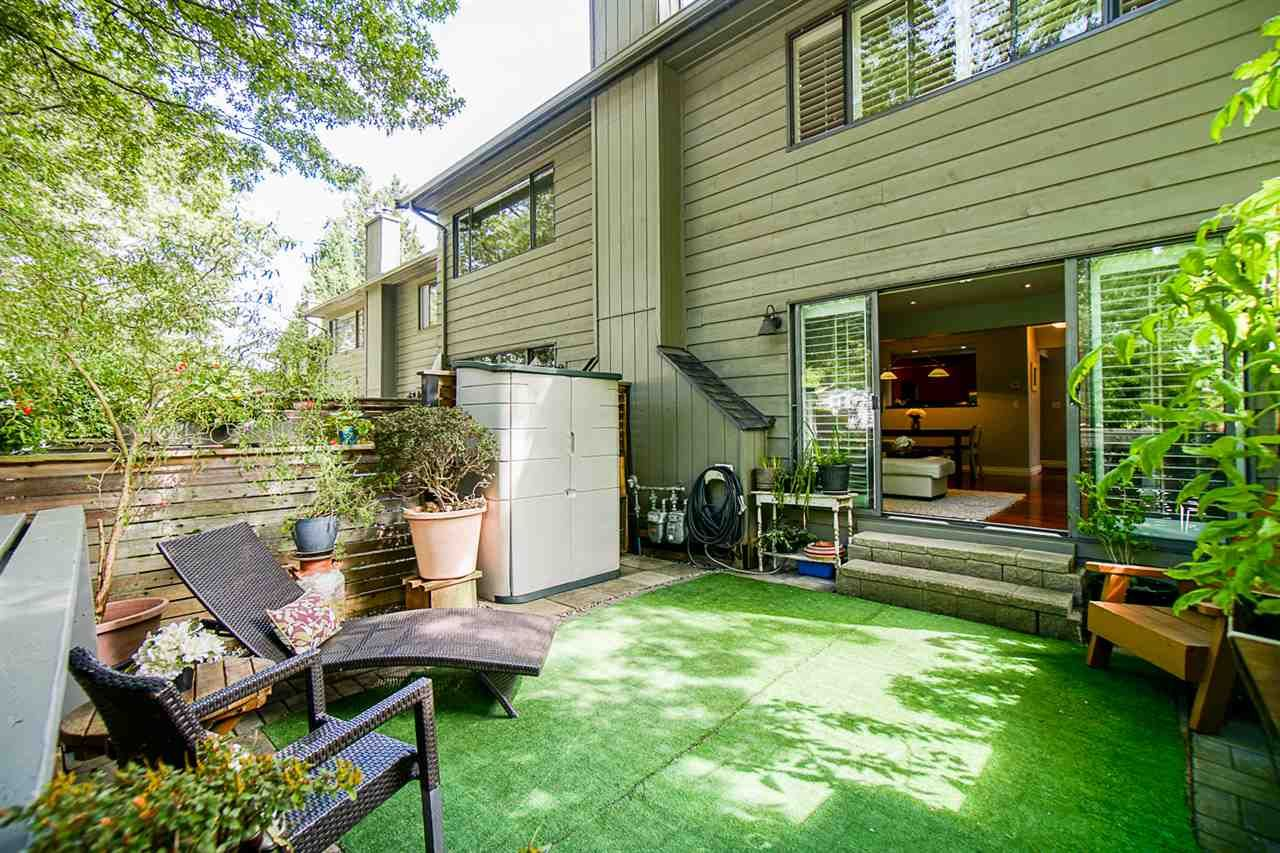 """Photo 30: Photos: 1 1960 RUFUS Drive in North Vancouver: Westlynn Townhouse for sale in """"Mountain Estates"""" : MLS®# R2487288"""