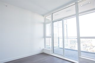 """Photo 6: 3907 4670 ASSEMBLY Way in Burnaby: Metrotown Condo for sale in """"STATION SQUARE 2"""" (Burnaby South)  : MLS®# R2332808"""