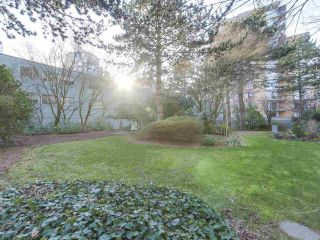 """Photo 19: 302 5425 YEW Street in Vancouver: Kerrisdale Condo for sale in """"The Belmont"""" (Vancouver West)  : MLS®# R2337022"""