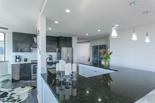 Photo 2: 307 1480 FOSTER Street: White Rock Condo for sale (South Surrey White Rock)  : MLS®# R2182129