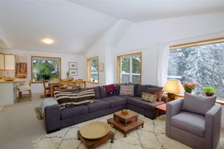 "Photo 2: 8297 VALLEY Drive in Whistler: Alpine Meadows House for sale in ""ALPINE MEADOWS"" : MLS®# R2128037"