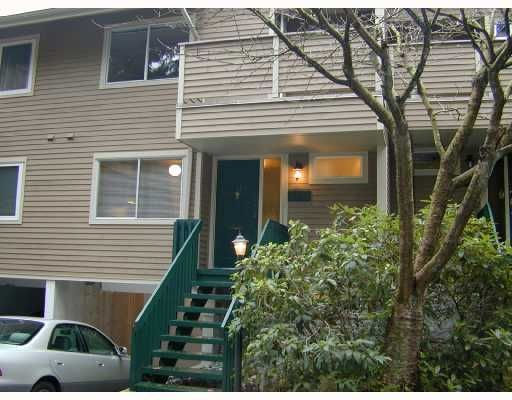 Main Photo: 4731 Hoskins Road in North Vancouver: Lynn Valley Townhouse for sale : MLS®# V677376