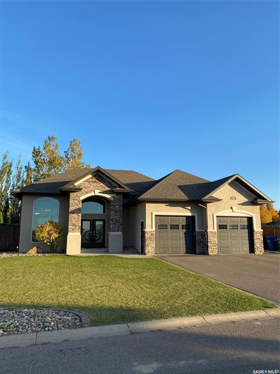 Main Photo: 192 5th Avenue West in Battleford: Residential for sale : MLS®# SK874008
