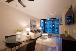 """Photo 9: 404 124 W 1ST Street in North Vancouver: Lower Lonsdale Condo for sale in """"The """"Q"""""""" : MLS®# R2430704"""