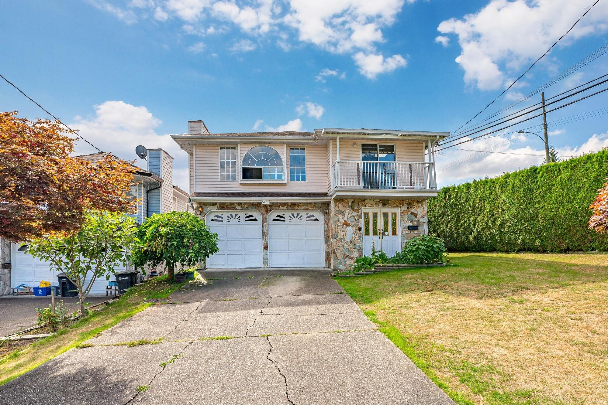 Main Photo: 5638 WOODSWORTH Street in Burnaby: Central BN House for sale (Burnaby North)  : MLS®# R2615156