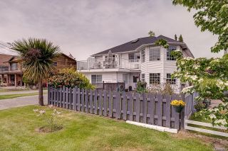 Photo 1: 2344 Ocean Ave in : Si Sidney South-East House for sale (Sidney)  : MLS®# 875742