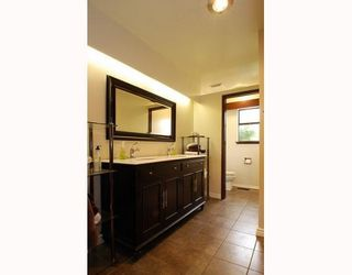 """Photo 8: 9140 WILBERFORCE Street in Burnaby: The Crest House for sale in """"THE CREST"""" (Burnaby East)  : MLS®# V790163"""