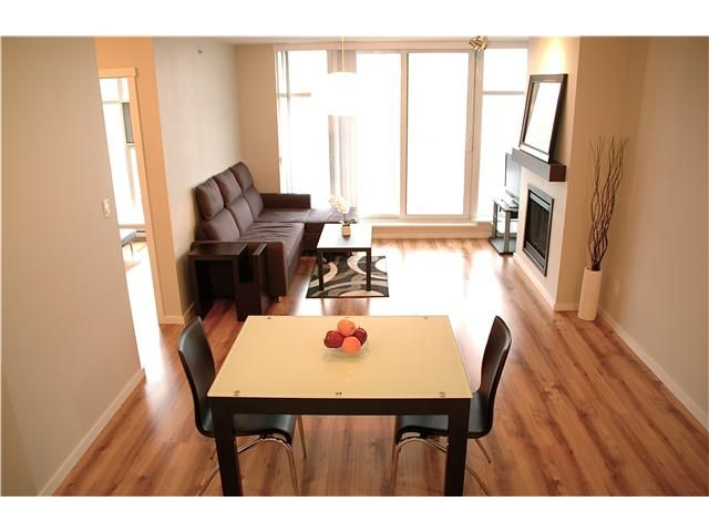 """Main Photo: 1103 2289 YUKON Crescent in Burnaby: Brentwood Park Condo for sale in """"WATERCOLOURS"""" (Burnaby North)  : MLS®# V1040324"""