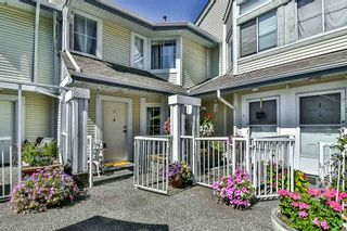 Photo 1: 2 4785 48 Avenue in Delta: Ladner Elementary Townhouse for sale (Ladner)  : MLS®# R2202557