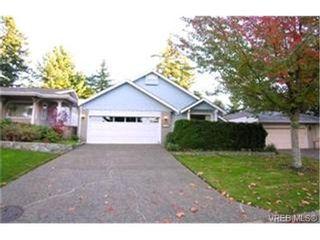 Photo 1: 1003 Scottswood Lane in VICTORIA: SE Broadmead House for sale (Saanich East)  : MLS®# 380873