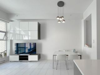 """Photo 8: 101 1252 HORNBY Street in Vancouver: Downtown VW Condo for sale in """"PURE"""" (Vancouver West)  : MLS®# R2604180"""