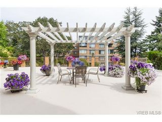 Photo 16: 201 2930 Cook St in VICTORIA: Vi Mayfair Condo for sale (Victoria)  : MLS®# 707990