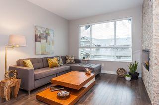 Photo 3: 57 7848 170 STREET in VANTAGE by Vesta Properties: Fleetwood Tynehead Home for sale ()  : MLS®# R2119596