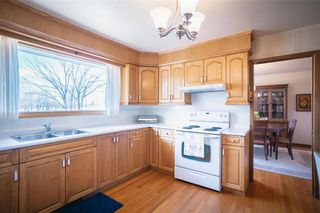 Photo 9: 63 Dickens Drive in Winnipeg: Residential for sale (5G)  : MLS®# 202107088