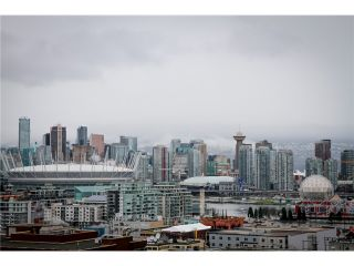 """Photo 8: 611 251 E 7TH Avenue in Vancouver: Mount Pleasant VE Condo for sale in """"DISTRICT"""" (Vancouver East)  : MLS®# V1051124"""