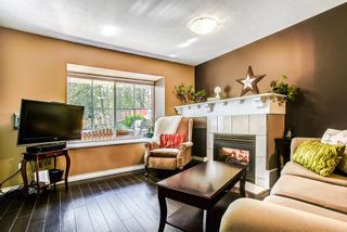 """Photo 3: 23 23560 119 Avenue in Maple Ridge: Cottonwood MR Townhouse for sale in """"HOLLYHOCK"""" : MLS®# R2162946"""