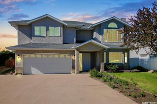Photo 1: 534 Stillwell Crescent in Swift Current: Highland Residential for sale : MLS®# SK859457