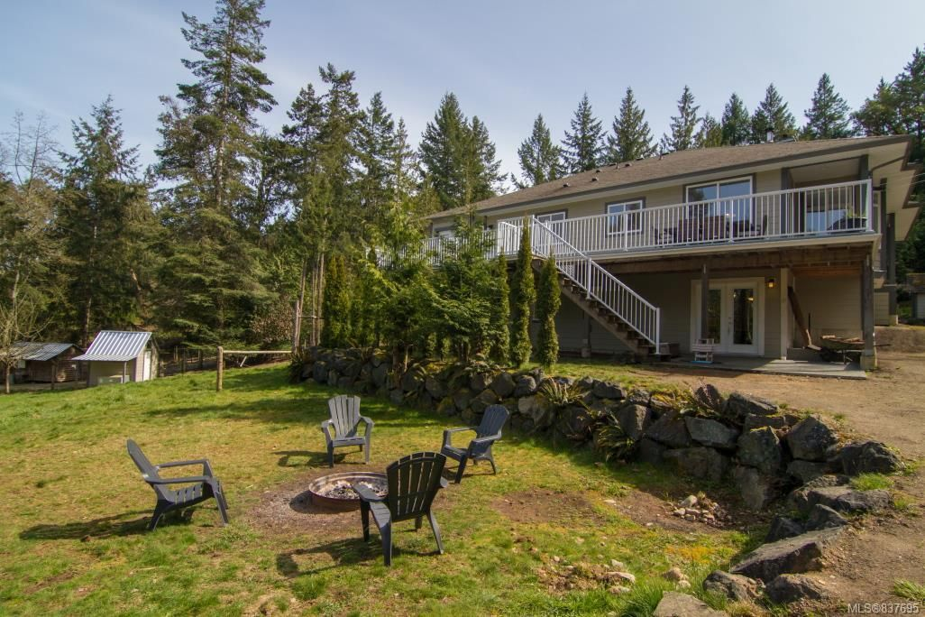 Main Photo: 2422/2438 Benko Rd in Mill Bay: ML Mill Bay House for sale (Malahat & Area)  : MLS®# 837695