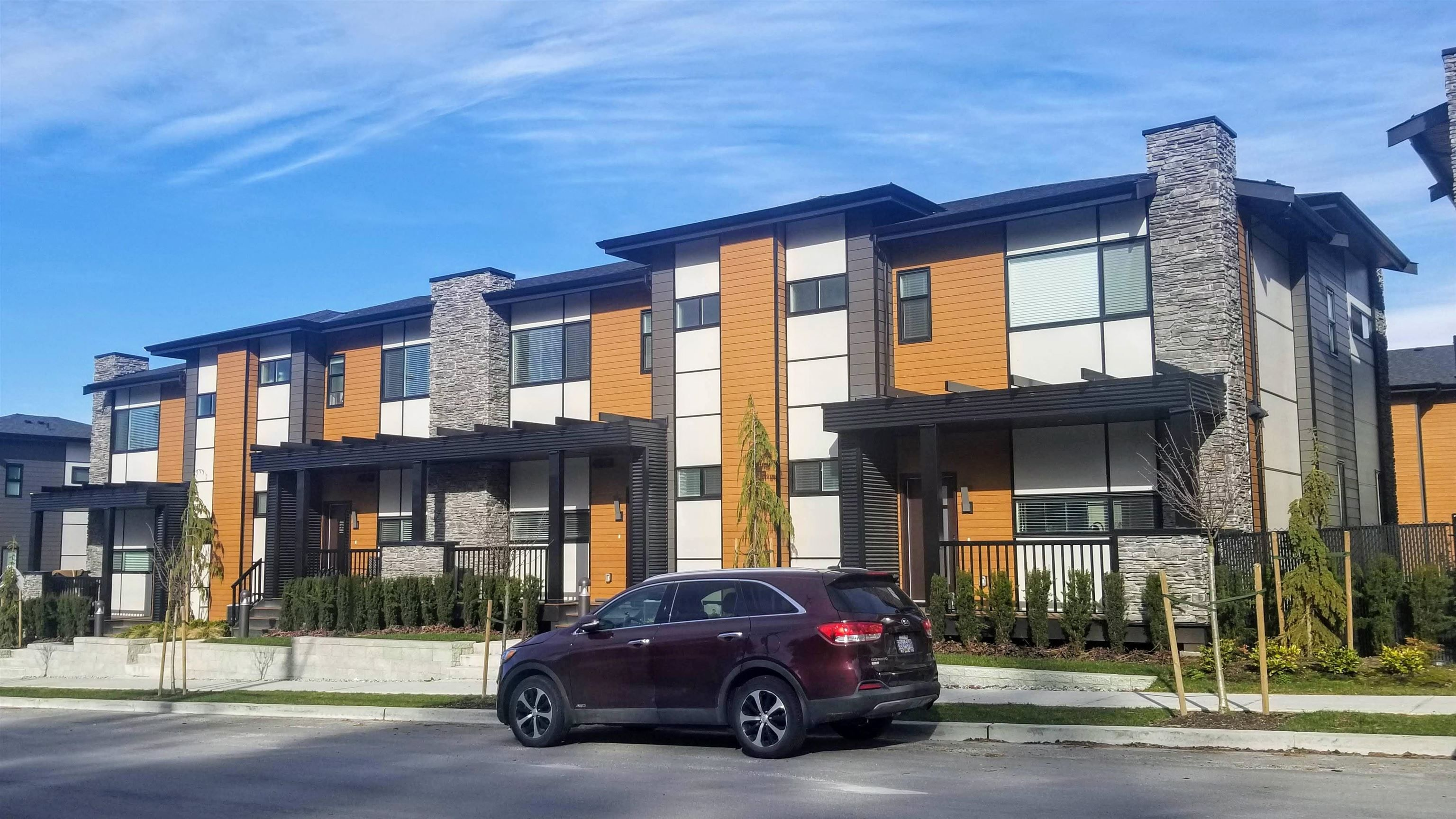 """Main Photo: 4 33209 CHERRY Avenue in Mission: Mission BC Townhouse for sale in """"58 ON CHERRY HILL"""" : MLS®# R2624783"""
