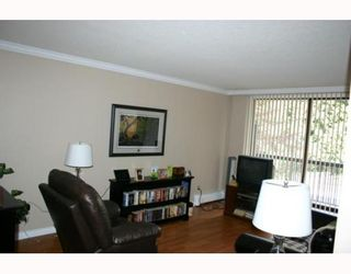 """Photo 3: 405 320 ROYAL Avenue in New_Westminster: Downtown NW Condo for sale in """"THE PEPPERTREE"""" (New Westminster)  : MLS®# V765945"""
