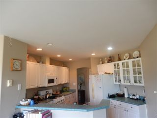 Photo 4: 6392 PIPER Place in Sechelt: Sechelt District House for sale (Sunshine Coast)  : MLS®# R2104359