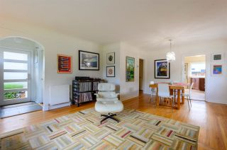 Photo 5: 3041 E 2ND AVENUE in Vancouver: Renfrew VE House for sale (Vancouver East)  : MLS®# R2456098