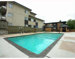"""Photo 9: 306 1011 4TH Avenue in New_Westminster: Uptown NW Condo for sale in """"CRESTWELL MANOR"""" (New Westminster)  : MLS®# V718301"""