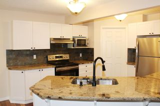 Photo 8: 7 Cougarstone Circle SW in Calgary: Cougar Ridge Detached for sale : MLS®# A1147627