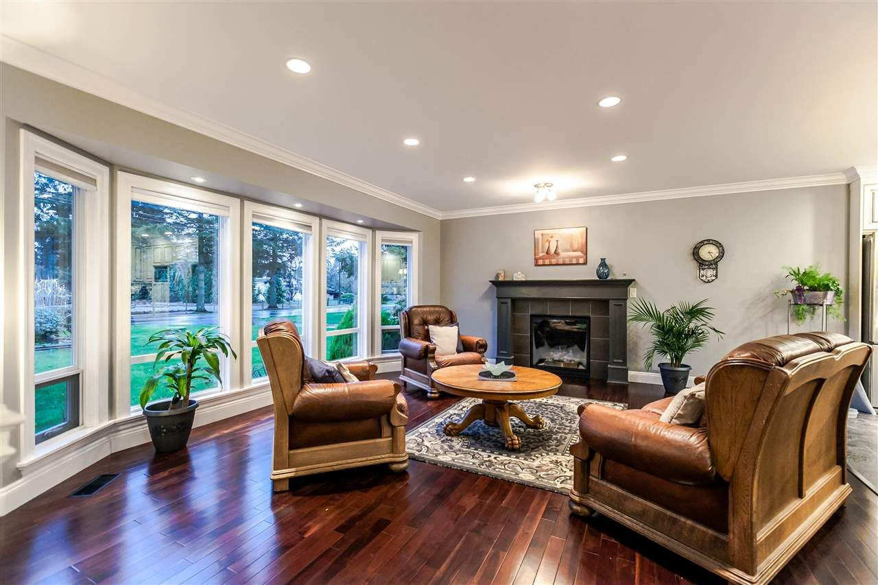 Photo 3: Photos: 5870 248 Street in Langley: Salmon River House for sale : MLS®# R2129536