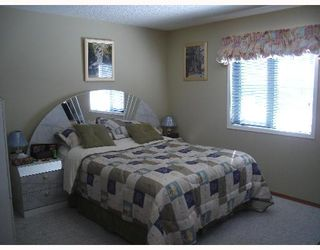 Photo 9:  in CALGARY: Applewood Residential Detached Single Family for sale (Calgary)  : MLS®# C3254303