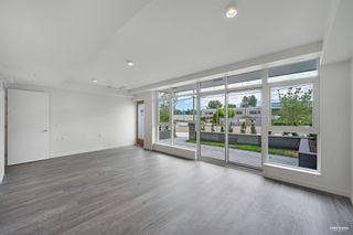 """Photo 5: 2368 DOUGLAS Road in Burnaby: Brentwood Park Townhouse for sale in """"Étoile"""" (Burnaby North)  : MLS®# R2603532"""