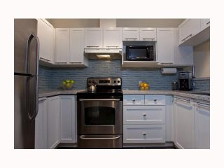 """Photo 2: 119 511 W 7TH Avenue in Vancouver: Fairview VW Condo for sale in """"BEVERLEY GARDENS"""" (Vancouver West)  : MLS®# V818310"""