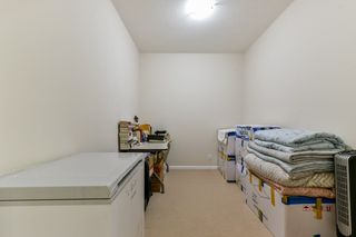 "Photo 14: 324 10180 153 Street in Surrey: Guildford Condo for sale in ""Charlton Park"" (North Surrey)  : MLS®# R2321763"