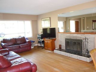 """Photo 2: 9535 115A Street in Delta: Annieville House for sale in """"Annieville"""" (N. Delta)  : MLS®# F1323557"""