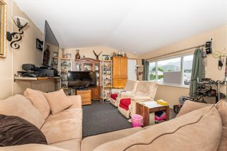 """Photo 6: 24 62790 FLOOD HOPE Road in Hope: Hope Center Manufactured Home for sale in """"SILVER RIDGE ESTATES"""" : MLS®# R2602914"""