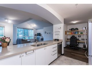 """Photo 9: PH15 7383 GRIFFITHS Drive in Burnaby: Highgate Condo for sale in """"EIGHTEEN TREES"""" (Burnaby South)  : MLS®# R2519626"""