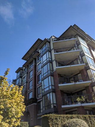 "Photo 2: 601 1580 MARTIN Street: White Rock Condo for sale in ""Sussex House"" (South Surrey White Rock)  : MLS®# R2361568"