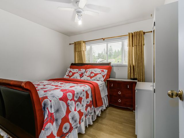 """Photo 11: Photos: 340 E 23RD Street in North Vancouver: Central Lonsdale House for sale in """"CENTRAL LONSDALE/GRAND BLVD"""" : MLS®# V1143583"""