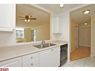 Photo 5: 311 9763 140TH Street in Surrey: Whalley Condo for sale (North Surrey)  : MLS®# F1217814
