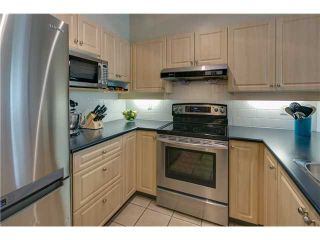 """Photo 3: 412 3629 DEERCREST Drive in North Vancouver: Roche Point Condo for sale in """"RAVENWOODS - DEERFIELD BY THE SEA"""" : MLS®# V952130"""
