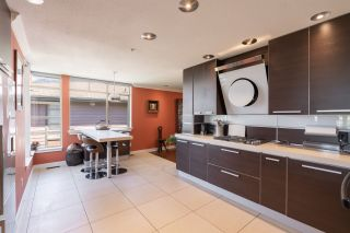 """Photo 13: 8561 SEASCAPE Lane in West Vancouver: Howe Sound Townhouse for sale in """"Seascapes"""" : MLS®# R2533787"""